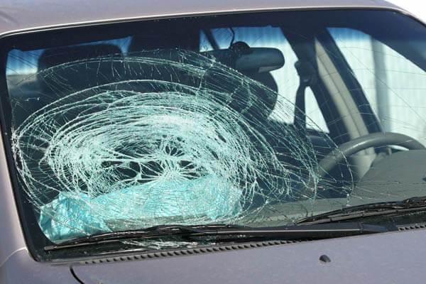 شکست شیشه بیمه بدنه