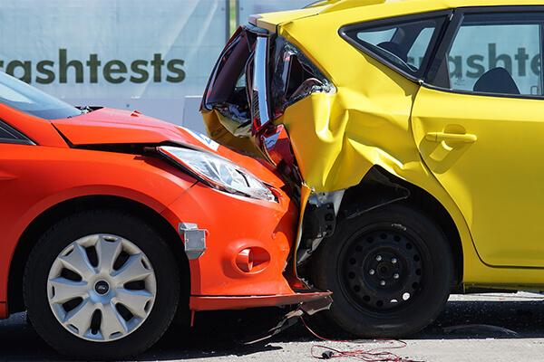 بهترین بیمه بدنه خودرو